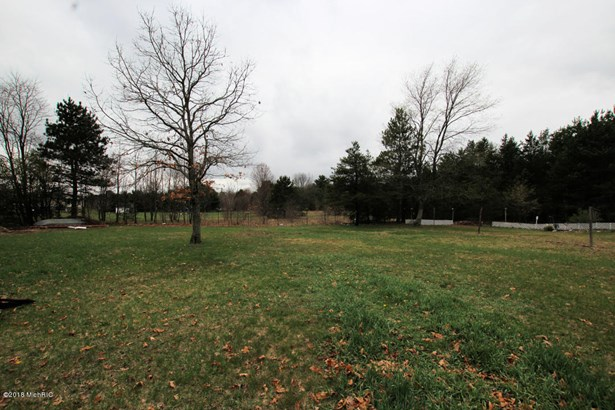 Single Family Residence, Ranch - Fremont, MI (photo 5)
