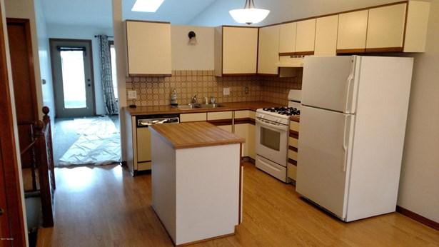 Condominium, Ranch - Byron Center, MI (photo 5)