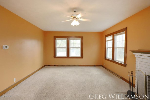 Single Family Residence, Bungalow - Grand Rapids, MI (photo 5)