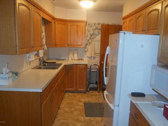 Cape Cod, Single Family Residence - Wyoming, MI (photo 2)