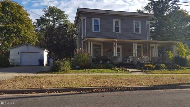 Single Family Residence, Traditional - Allegan, MI (photo 1)