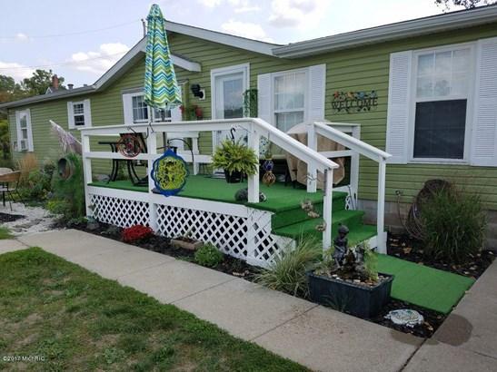 Single Family Residence, Ranch - Ionia, MI (photo 3)