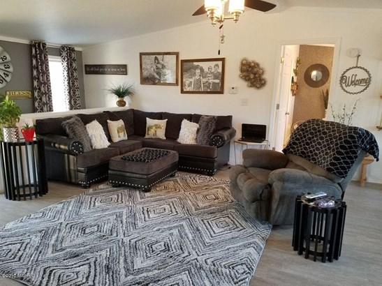 Single Family Residence, Ranch - Ionia, MI (photo 5)