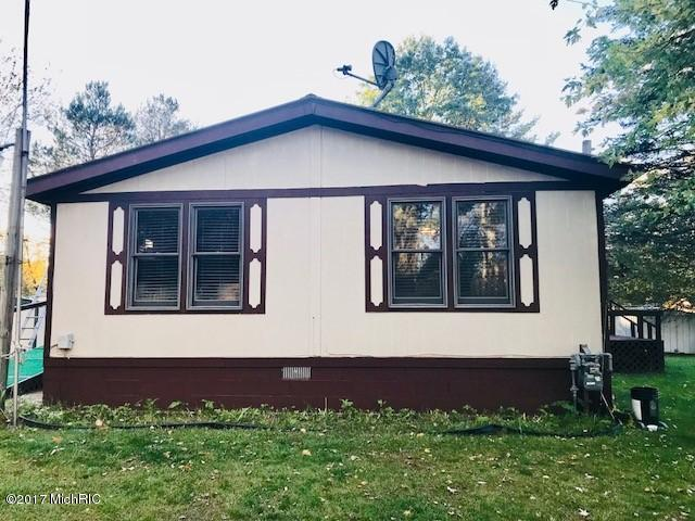 Single Family Residence, Mobile - Barryton, MI (photo 1)