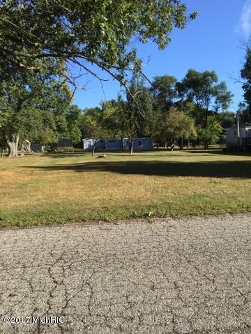 Single Family Residence, Ranch - Belding, MI (photo 2)