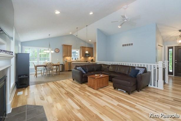 Single Family Residence, Ranch - Ada, MI (photo 2)