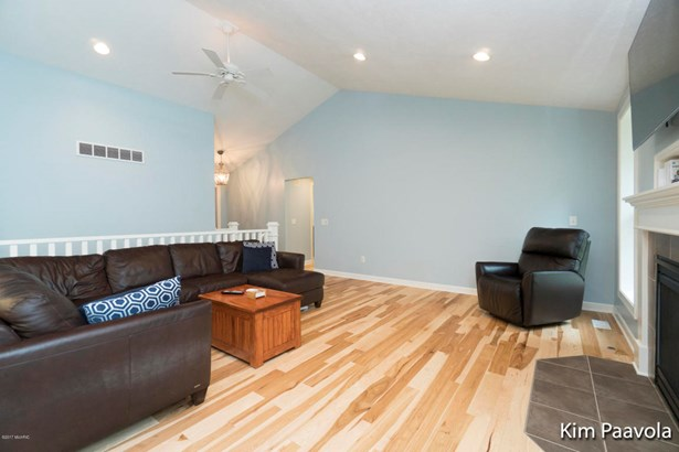 Single Family Residence, Ranch - Ada, MI (photo 3)
