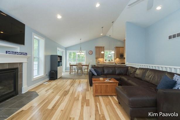 Single Family Residence, Ranch - Ada, MI (photo 4)