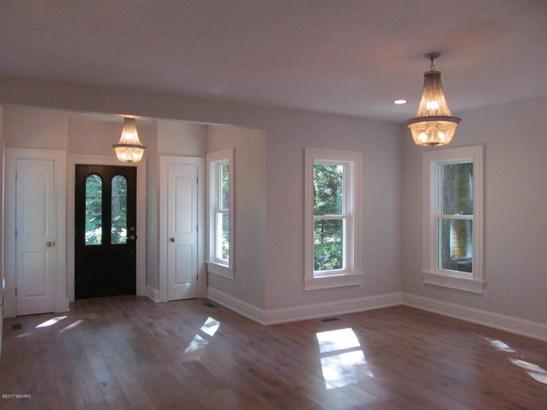 Single Family Residence, Traditional - Douglas, MI (photo 4)