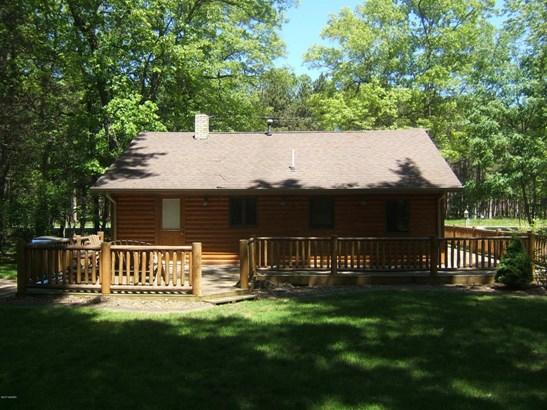 Cabin/Cottage, Single Family Residence - Montague, MI (photo 3)
