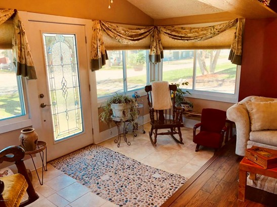 Single Family Residence, Traditional - Cedar Springs, MI (photo 4)