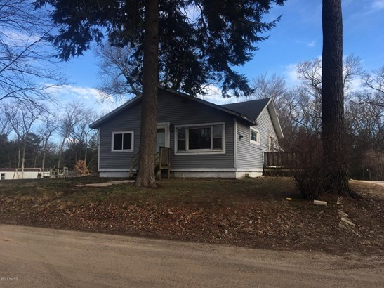 Single Family Residence, Traditional - Twin Lake, MI