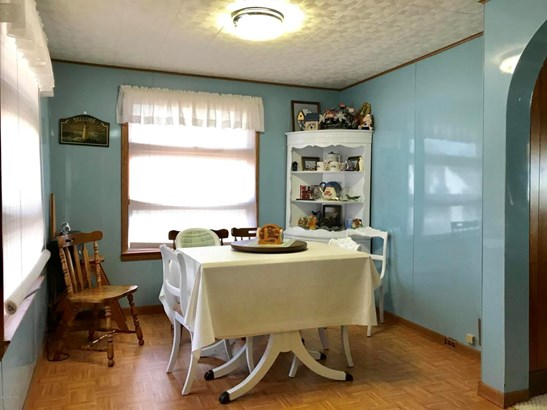 Cabin/Cottage, Single Family Residence - Ludington, MI (photo 5)