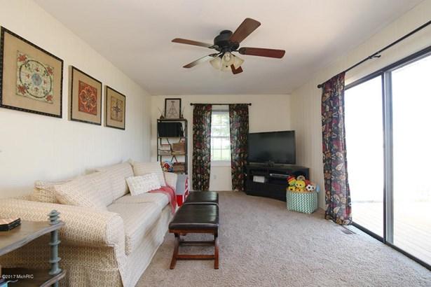 Single Family Residence, Ranch - Hamilton, MI (photo 5)