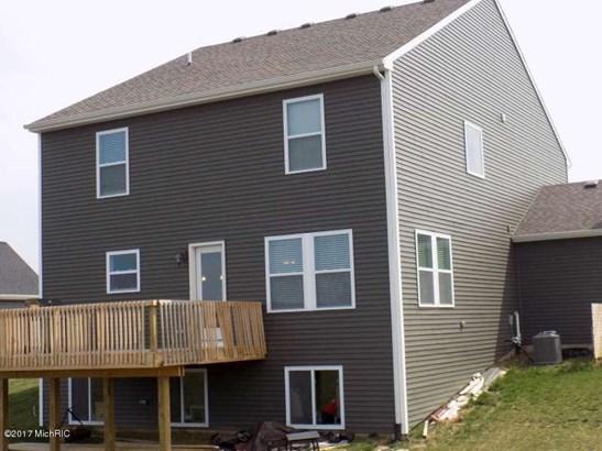 Single Family Residence, Traditional - Wayland, MI (photo 3)