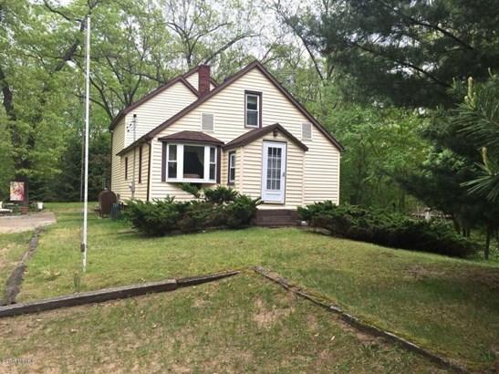 Farm House, Single Family Residence - Muskegon, MI (photo 1)