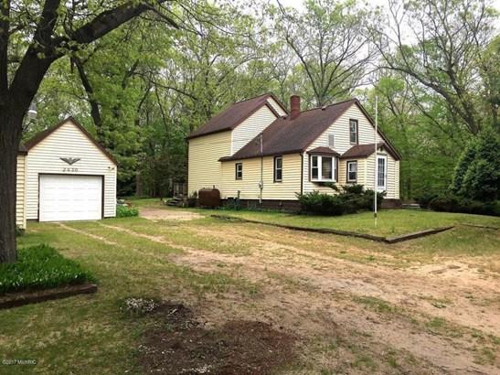Farm House, Single Family Residence - Muskegon, MI (photo 2)