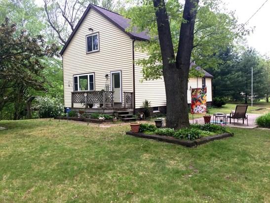 Farm House, Single Family Residence - Muskegon, MI (photo 4)