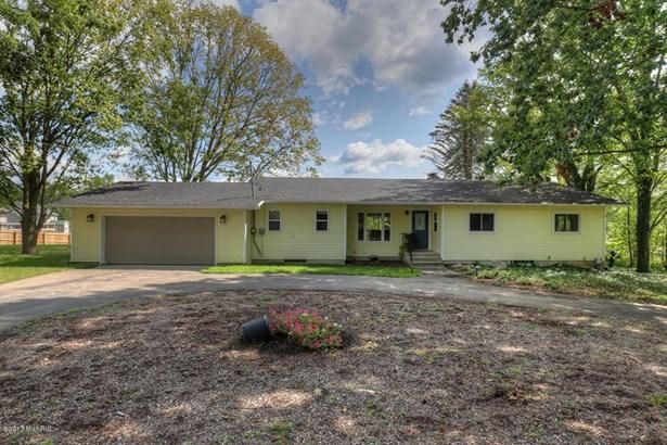 Single Family Residence, Ranch - Caledonia, MI (photo 1)
