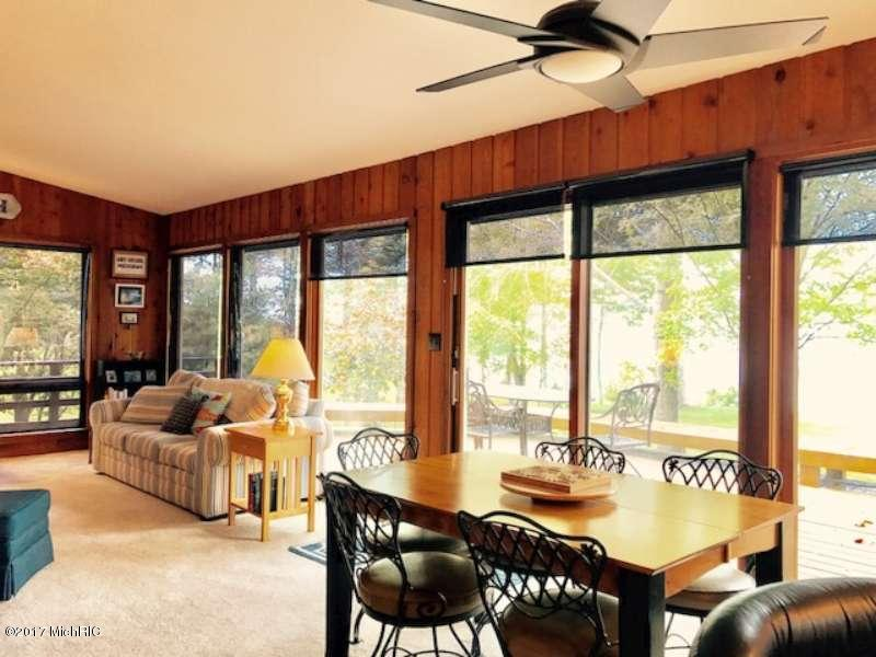 Cabin/Cottage, Single Family Residence - Manistee, MI (photo 5)