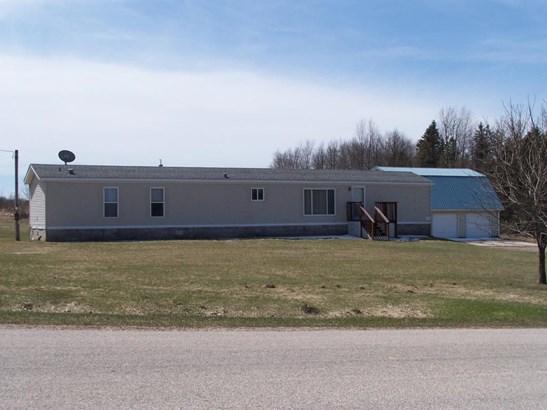 Single Family Residence, Mobile - Shelby, MI (photo 1)
