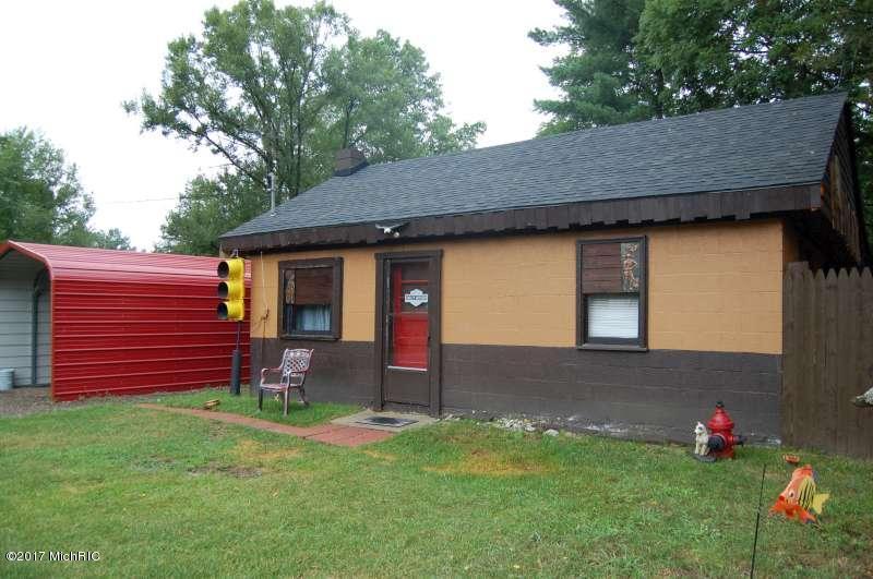 Cabin/Cottage, Single Family Residence - Newaygo, MI (photo 3)