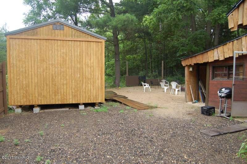 Cabin/Cottage, Single Family Residence - Newaygo, MI (photo 4)