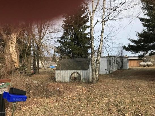 Single Family Residence, Mobile - Mecosta, MI (photo 3)