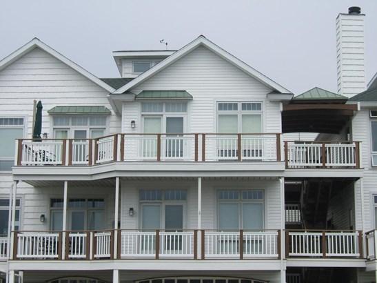 Condominium, Other - Montague, MI (photo 1)