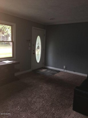 Single Family Residence, Ranch - Lansing, MI (photo 2)