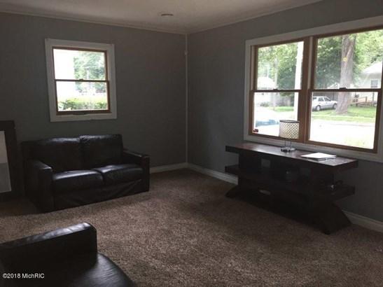 Single Family Residence, Ranch - Lansing, MI (photo 3)