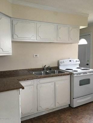 Single Family Residence, Ranch - Lansing, MI (photo 5)
