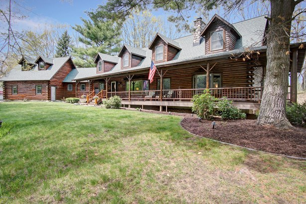 Single Family Residence, Log Home - Grand Haven, MI (photo 2)