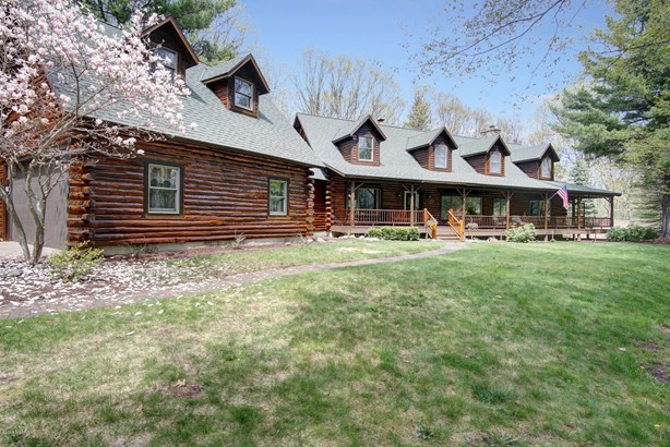 Single Family Residence, Log Home - Grand Haven, MI (photo 3)