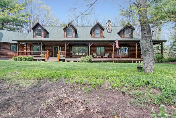 Single Family Residence, Log Home - Grand Haven, MI (photo 4)
