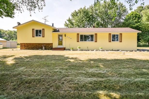 Tri-Level, Single Family Residence - Alto, MI (photo 2)