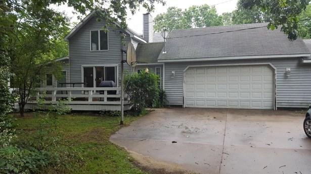 Single Family Residence, Traditional - Pullman, MI (photo 1)