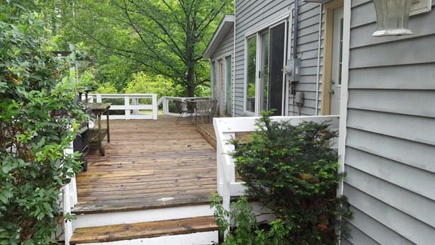 Single Family Residence, Traditional - Pullman, MI (photo 2)