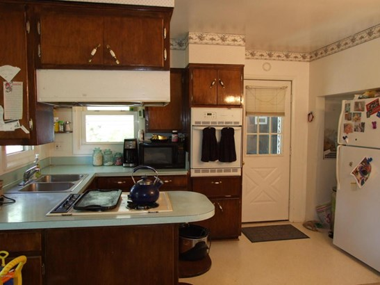 Single Family Residence, Bungalow - Muskegon, MI (photo 2)