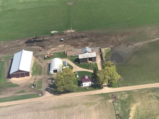 Farm House, Farm - Lakeview, MI (photo 2)