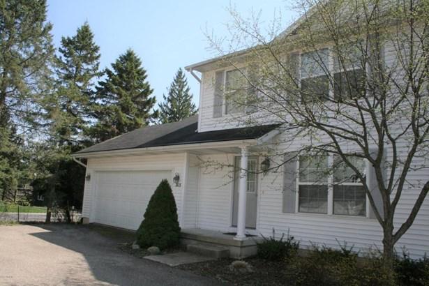 Condominium, Traditional - Douglas, MI (photo 1)
