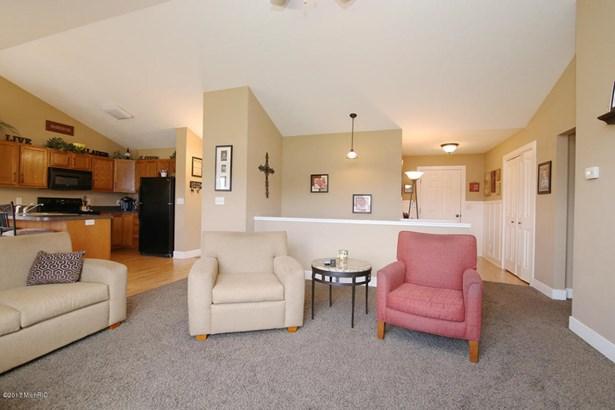 Single Family Residence, Ranch - Hamilton, MI (photo 4)