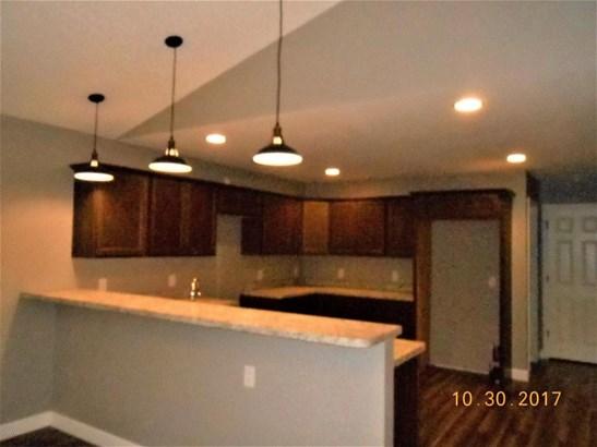 Single Family Residence, Bi-Level - Muskegon, MI (photo 3)