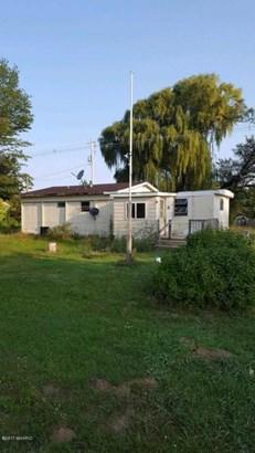 Single Family Residence, Mobile - Fremont, MI (photo 1)