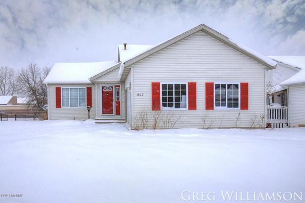 Single Family Residence, Quad Level - Grand Rapids, MI (photo 2)