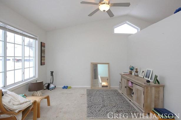Single Family Residence, Quad Level - Grand Rapids, MI (photo 4)