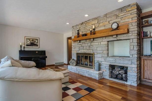 Single Family Residence, Ranch - Sparta, MI (photo 5)