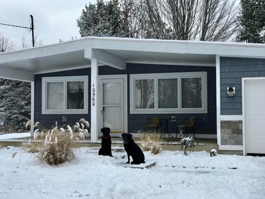 Single Family Residence, Ranch - Canadian Lakes, MI (photo 2)