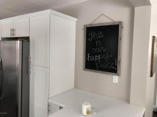 Single Family Residence, Ranch - Whitehall, MI (photo 5)