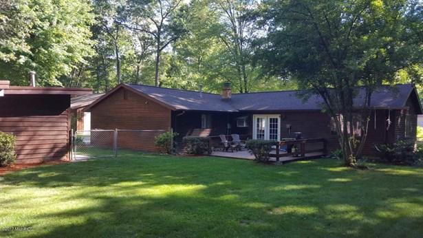 Single Family Residence, Ranch - Twin Lake, MI (photo 3)